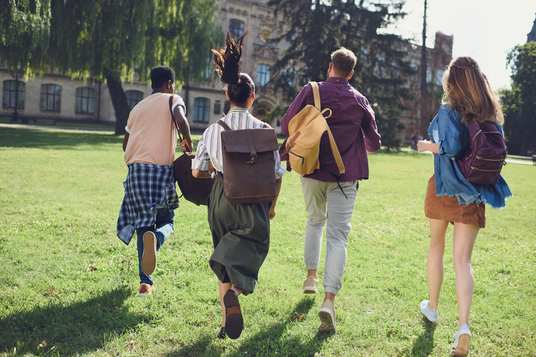 14 Summer Activities to Boost Your College Application