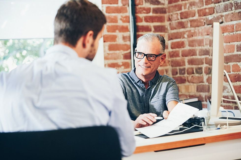 5 Common Resume Mistakes that Keep Employers from Interviewing You
