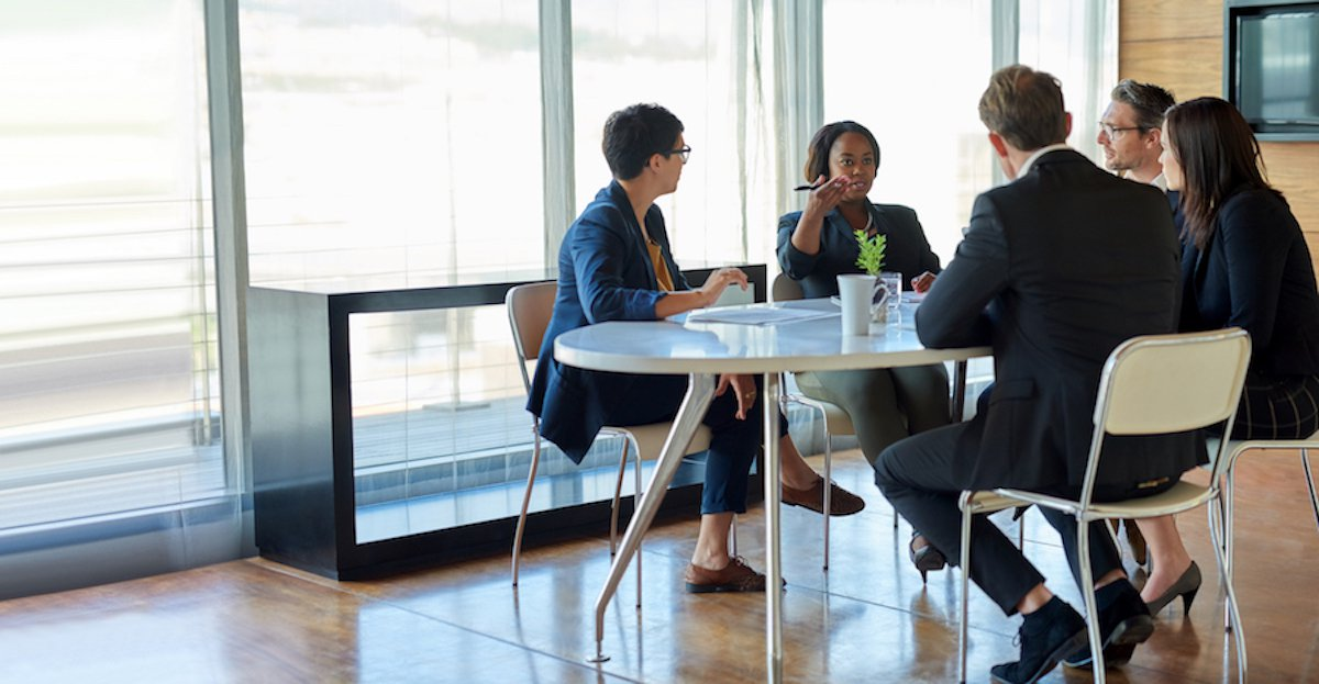 How to Maximize Your Professionalism in the Workplace