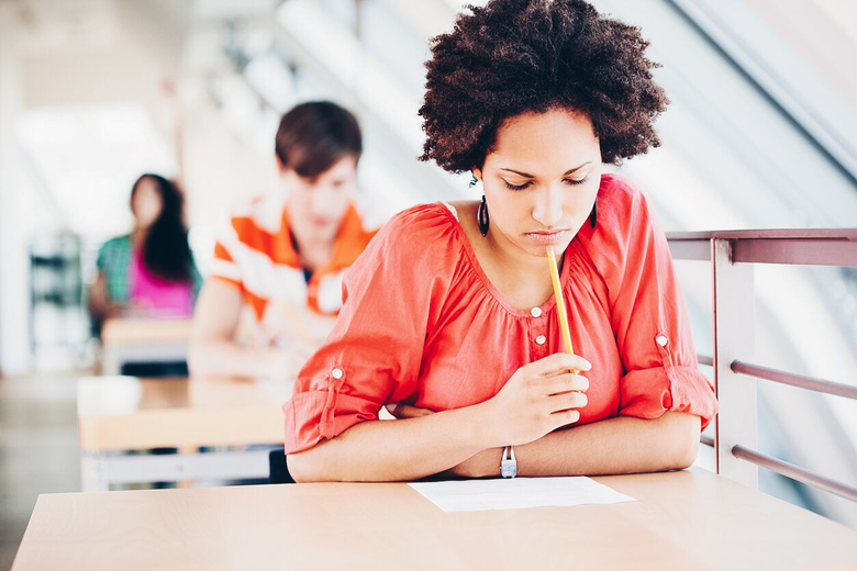 """Mixed Race Student Feels Dishonest Marking """"Black"""" on Applications"""
