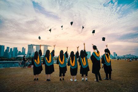 Graduates_Throwing_Caps