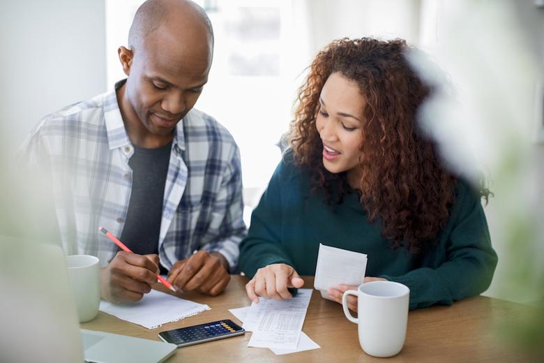 Parents: Your College Grad Needs Financial Advice