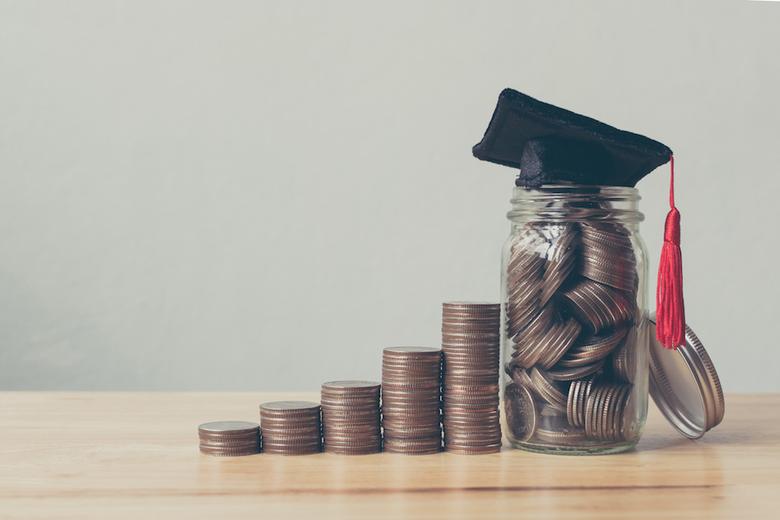 Should I Send My Enrollment Deposit Before I Receive My Financial Aid Award?
