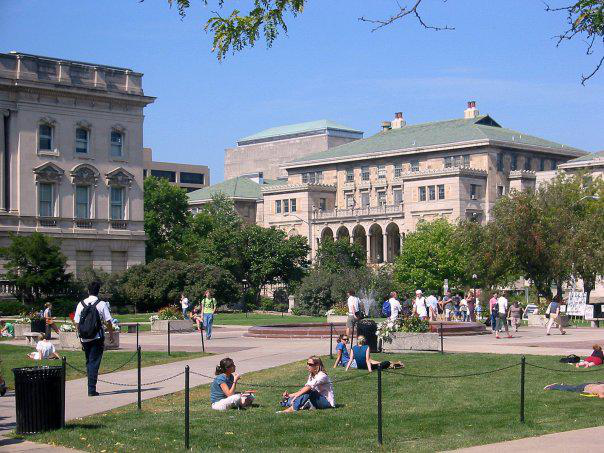 Which Colleges Offer the Best Virtual Campus Visits? - 2